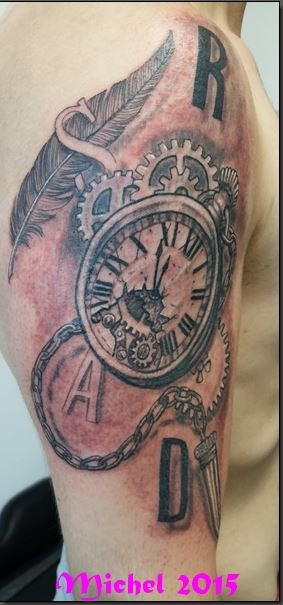 Tattoo bras homme - Montre a gousset tattoo ...